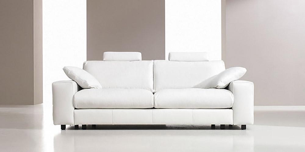 Divano in pelle divano in tessuto modello nobel for Rivestire divano pelle