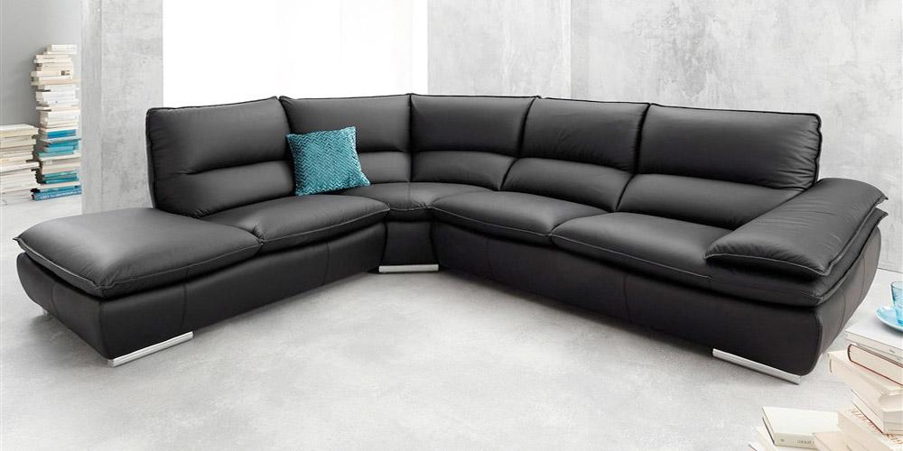 Divano in pelle, divano in tessuto modello Santamaria