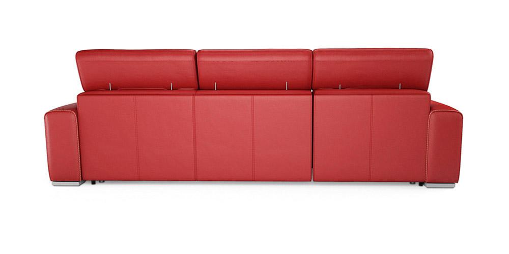 Divano rosso angolare arredare il soggiorno con un divano for Copridivano chaise longue mondo convenienza