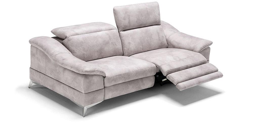 Divano in pelle, divano in tessuto modello Villanova con relax